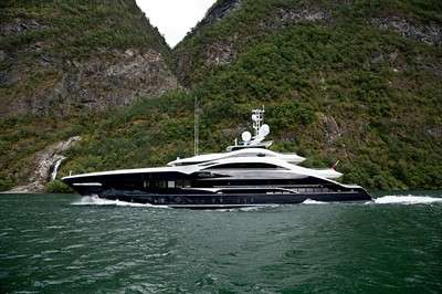 a-bit-more-than-just-a-yacht_2