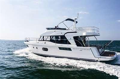 all-season-cruiser-beneteau-swift-trawler-47_3