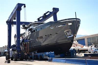 arcadia-yachts-launches-two-more-hulls_9
