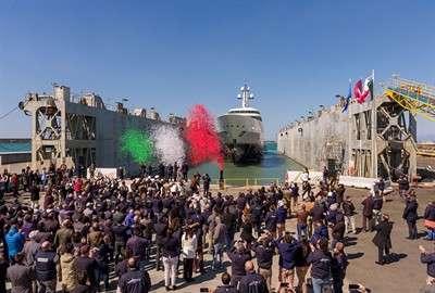 benetti-launches-giga-yacht-108m-fb275_4