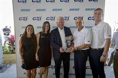 chris-craft-receives-2018-nmma-csi-award_1
