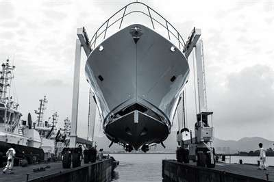 cl-yachts-launches-new-88-foot-flagship-yacht