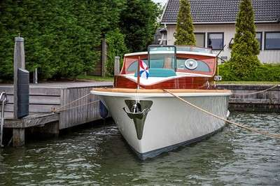 feadship-relaunches-1939-zephyr-after-two-year-refit