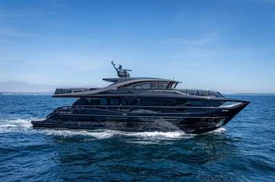 first-images-of-princess-yachts-x95