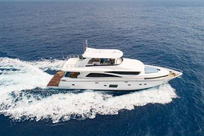 johnson-yachts-launches-entry-level-superyacht-johnson-80_3