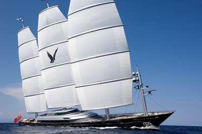 perini-navi-maltese-falcon_1