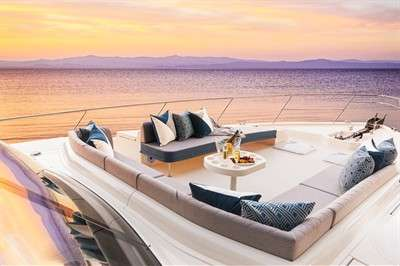 riviera-64-sports-motor-yacht-commences-previews