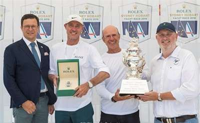 rolex-sydney-hobart-2018-crowns-alive-the-overall-winner_4_1