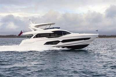 susan-splashes-in-singapore-sunseeker-76-yacht