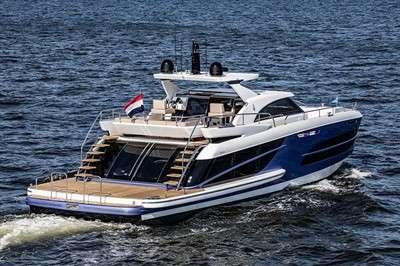van-der-valk-launches-first-beachclub-motoryacht