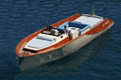 wb40-classic-weekend-cruiser-combines-wood-with-carbon-composites