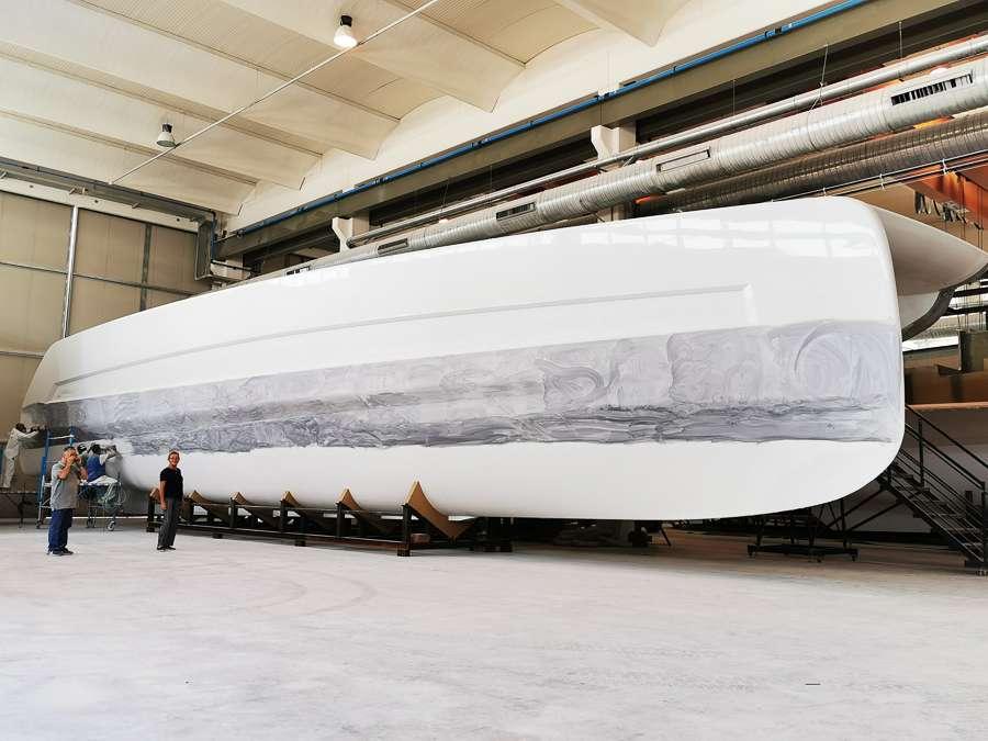 Silent 80_ hull polishing